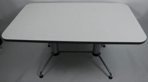 Fritz Hansen Table canteen base 8a