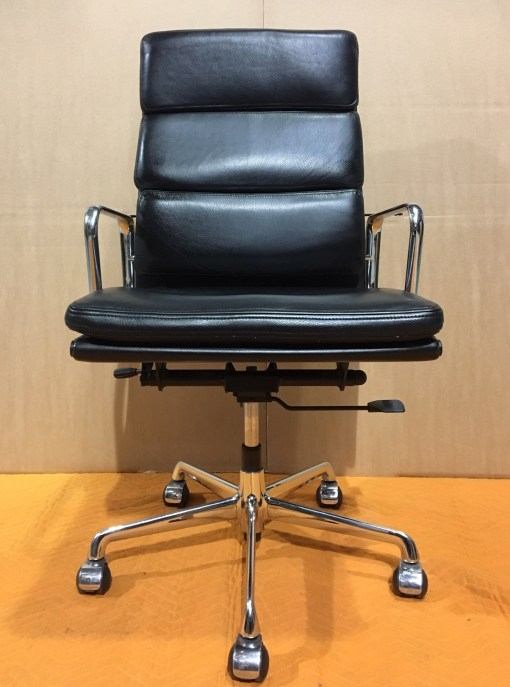 ICF Eames EA219 Black leather high back 1