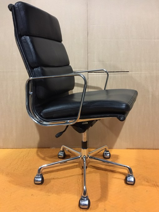ICF Eames EA219 Black leather high back 4