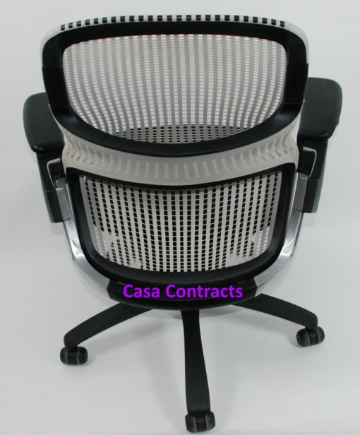 Knoll Generation chair Black and White 4a