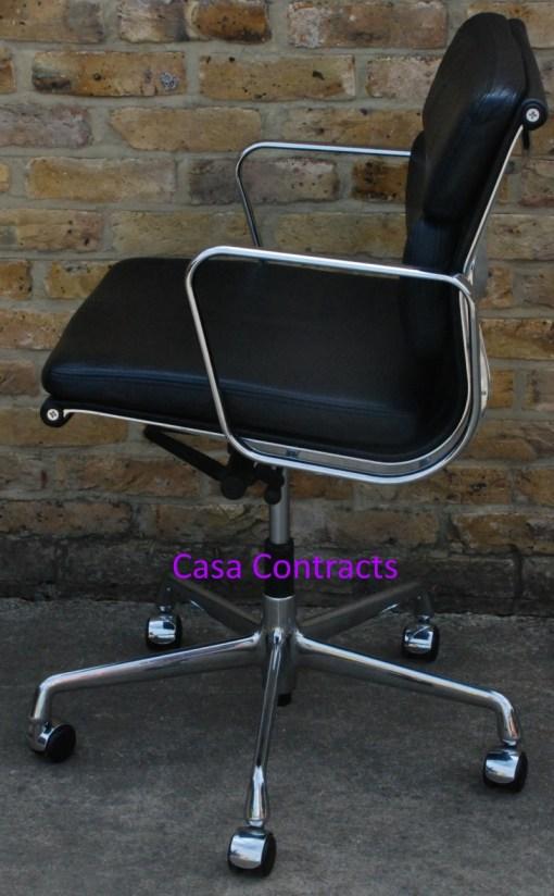 Vitra Eames EA217 Soft Pad Black Leather 3