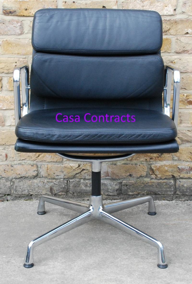 Vitra Eames EA208 black leather Soft Pad Chair 3