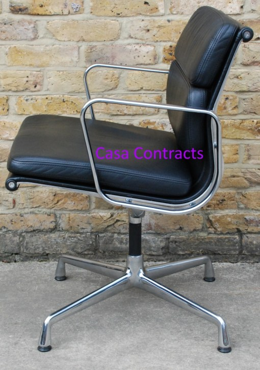 Vitra Eames EA208 black leather Soft Pad Chair 6