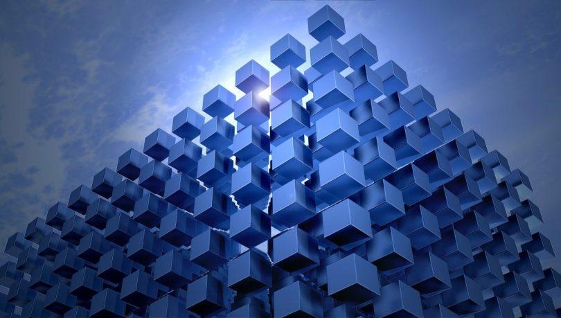 Exercícios resolvidos de poliedros - Poliedros