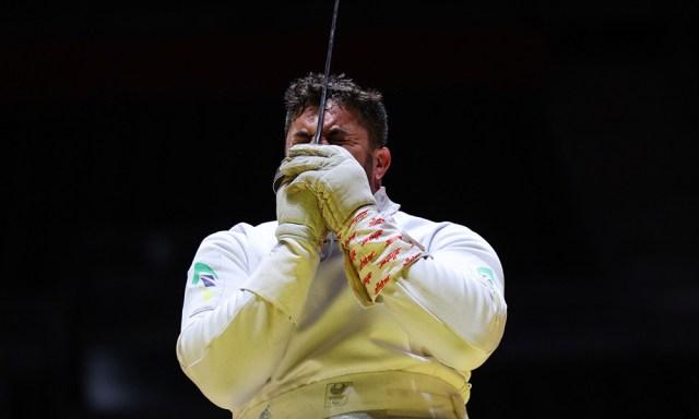 Jovane Guissone esgrima de cadeira de rodas esgrima de CR espada Jogos Paralímpicos Tóquio-2020