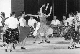 El festival de danza española llenó ayer el Auditori Enric Granados¶