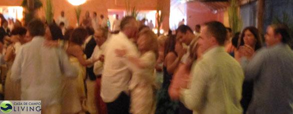 dancing_mid