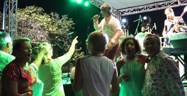 Casa de Campo villa owners beach party victor mitrov