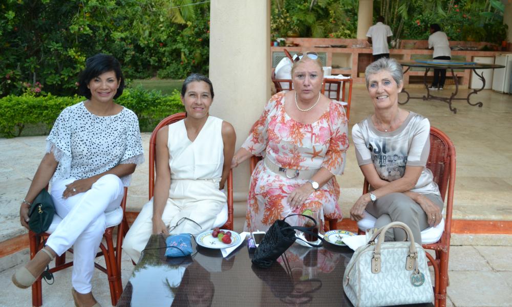 Ladies - Upcoming Café de la Leche April 2016