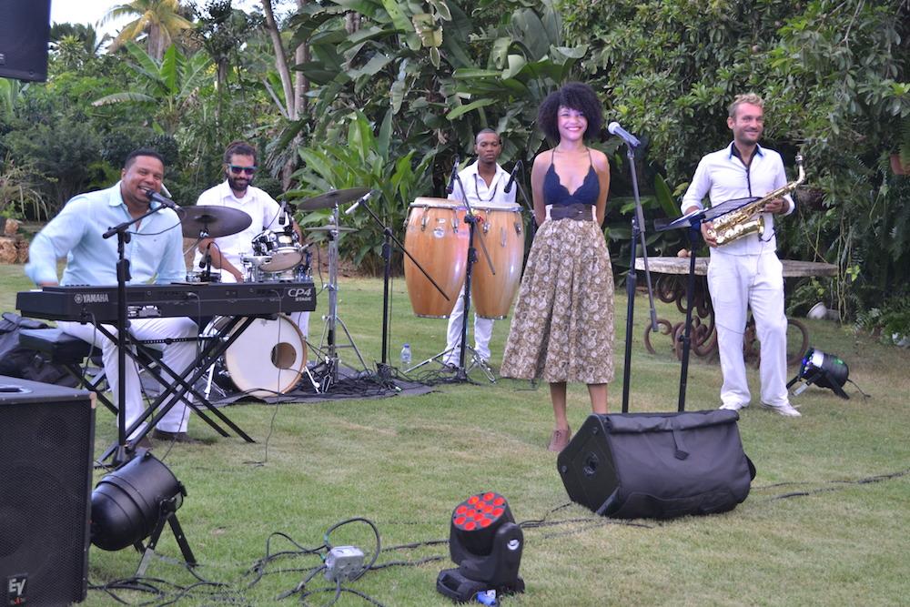 Café de la Leche with Tonka Entertainment