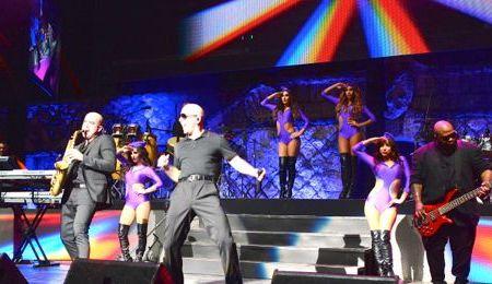 pitbull concert