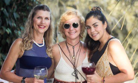 "Café de la Leche Adriana and Andrea Feaugas ""Pareo Party"""