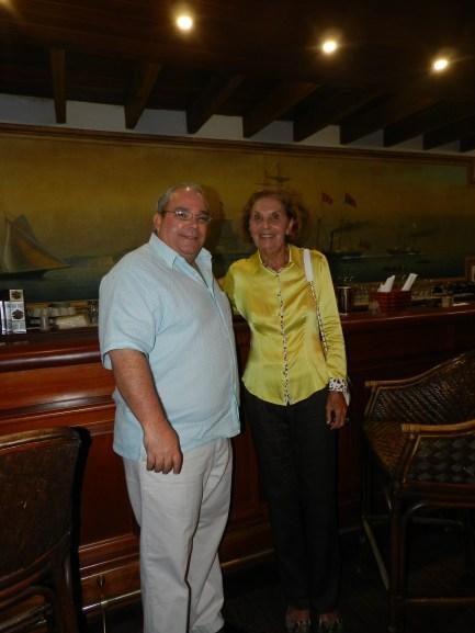 Jose Gonzalvo y la Sr. Phyllis Berney