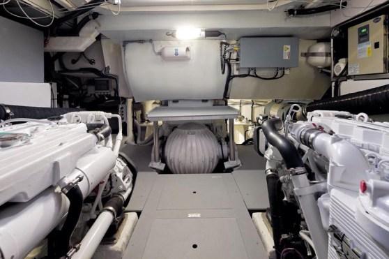 48210d1315834691-review-azimut-50-magellano-motoryacht-27-magellano-50_gyro-jpg