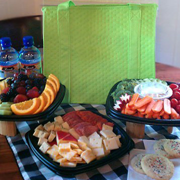 Picnic lunch in insulated keepsake tote