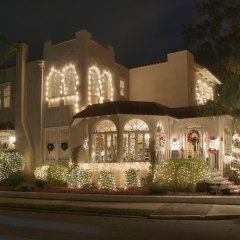 Casa de Suenos decorated for Nights of Lights