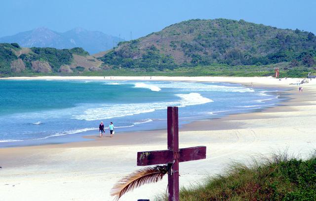 Praia de Quatro Ilhas: a segunda melhor praia do sul do Brasil