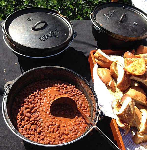 Presqu'ile Winery provided the classic sides for their tri-tip cookoff -- I was a little jealous of those Lodge cast iron pans!