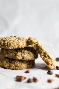The Best Oatmeal Dark Chocolate Chip Cookies