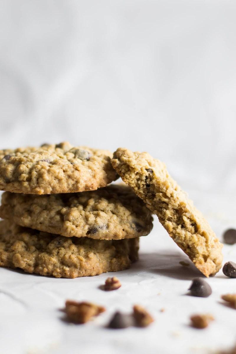 The Best Oatmeal Dark Chocolate Chip Cookies