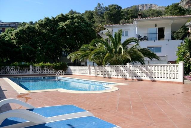villa-for-sale-la-drova-1229clf 1