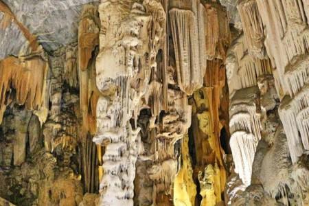 Cango Caves, uma atração imperdível na África do Sul