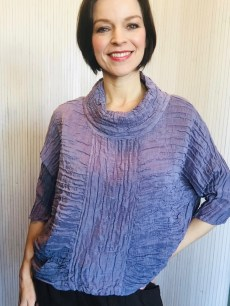Top in Lilac & Navy 60% linen 40% silk £139