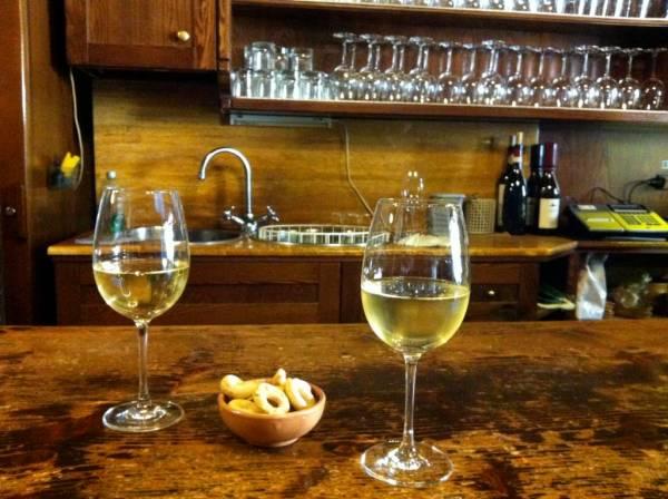 Il Goccetto wine bar in rome