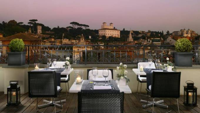 All'Oro romantic restaurant in Rome