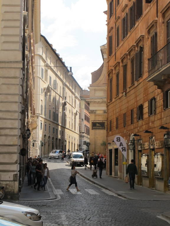 Spanish Steps Apartment · www.iatlyfoodandwinetours.com