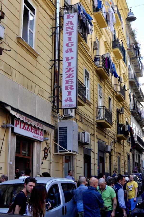Da Michele opens in Rome · www.casamiatours.com
