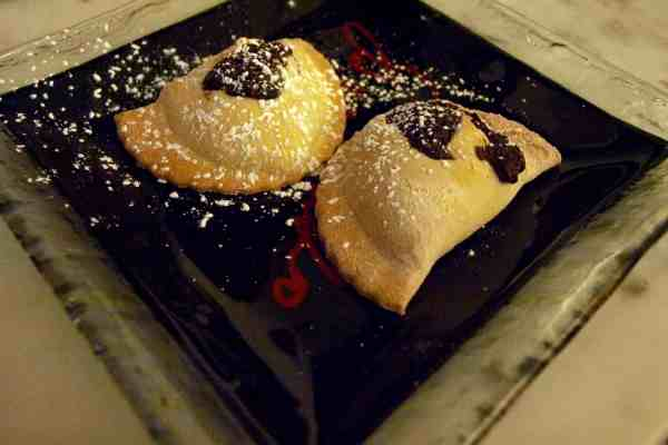 'Mpanatigghi, Sicilian sweets with a surprise