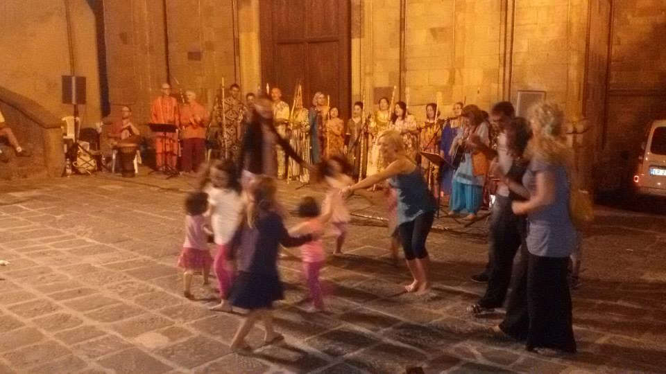 Mondocello: le danze