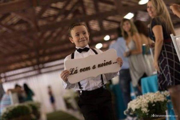 casamento-economico-sem-grana-buque-botoes-colorido (16)