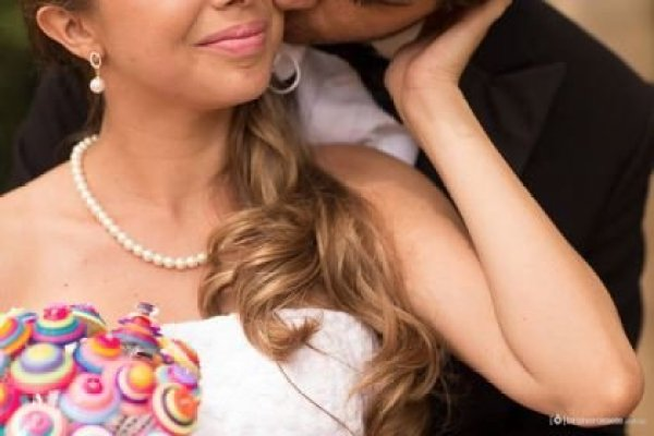 casamento-economico-sem-grana-buque-botoes-colorido (34)