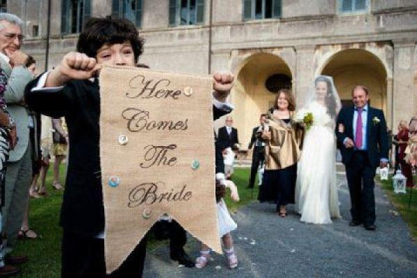 plaquinhas-entrada-e-saida-da-noiva-casamento (3)