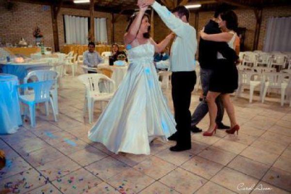 casamento-economico-mini-wedding-santa-catarina-coquetel-decoracao-faca-voce-mesmo (20)