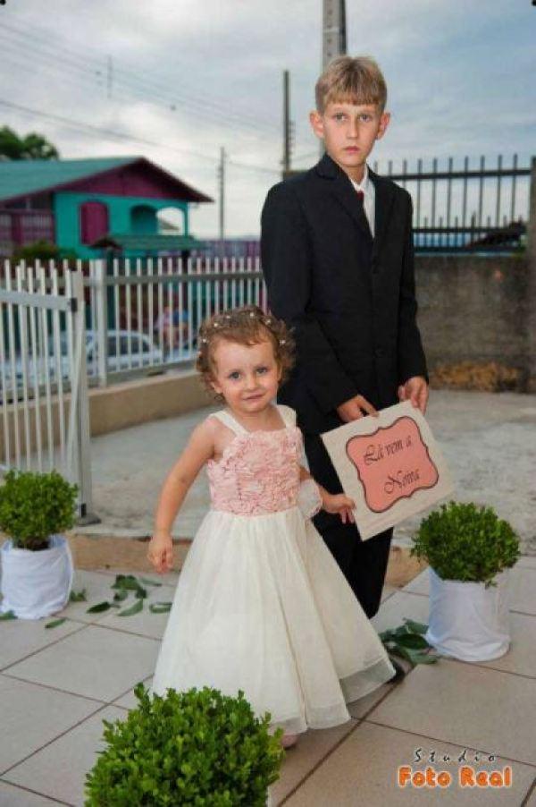 casamento-economico-12-mil-santa-catarina-decoracao-rosa-e-branca-faca-voce-mesmo (13)