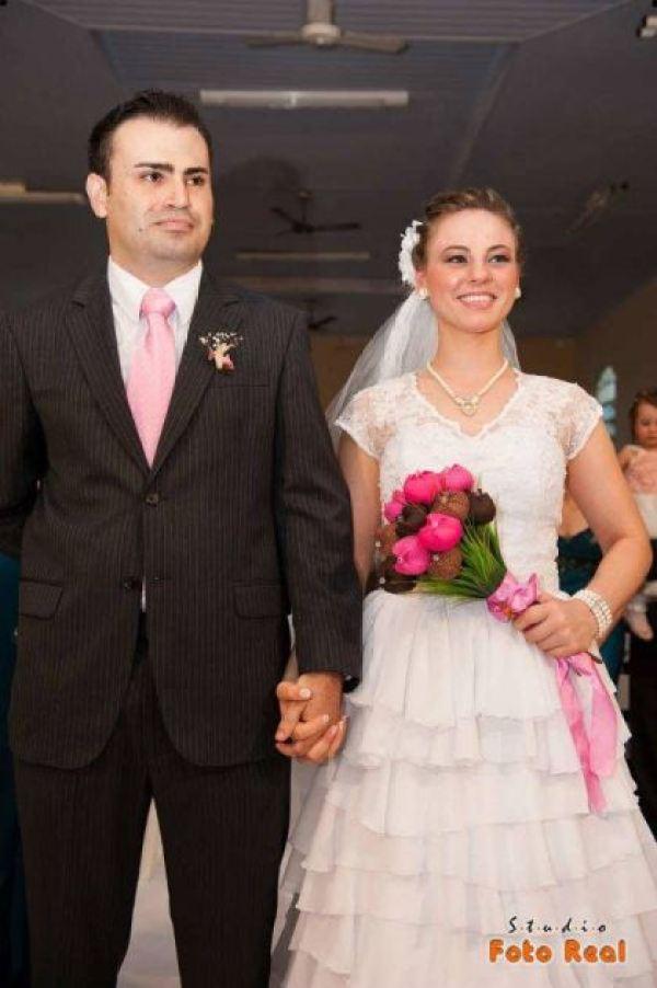 casamento-economico-12-mil-santa-catarina-decoracao-rosa-e-branca-faca-voce-mesmo (17)