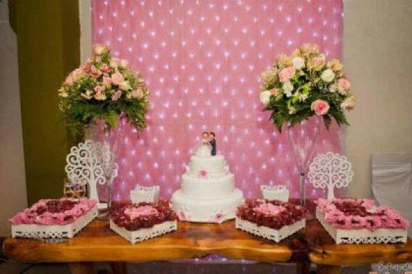 casamento-economico-12-mil-santa-catarina-decoracao-rosa-e-branca-faca-voce-mesmo (29)