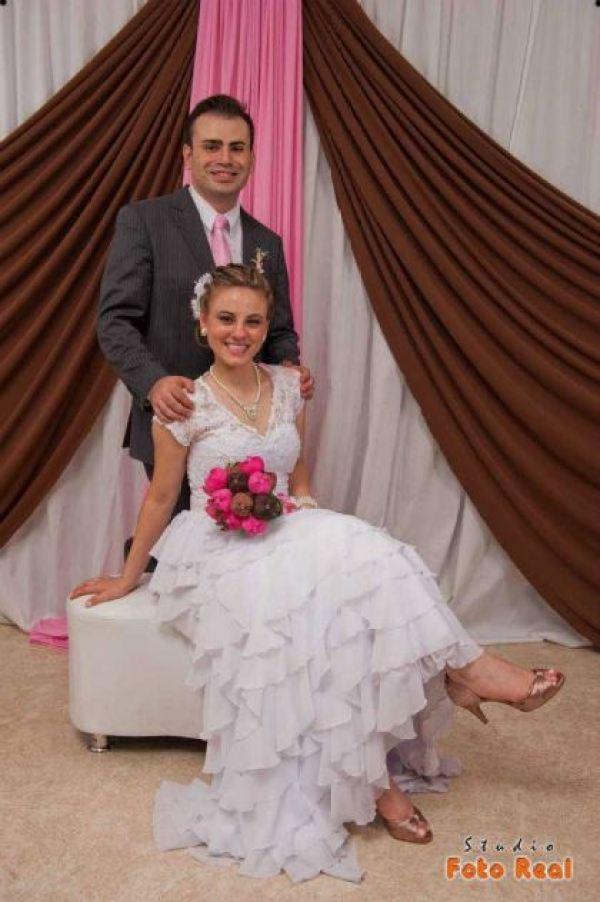 casamento-economico-12-mil-santa-catarina-decoracao-rosa-e-branca-faca-voce-mesmo (33)