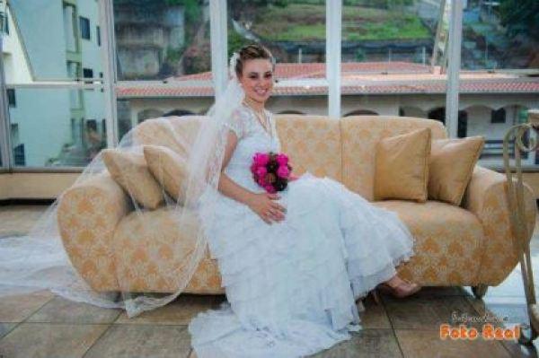casamento-economico-12-mil-santa-catarina-decoracao-rosa-e-branca-faca-voce-mesmo (8)