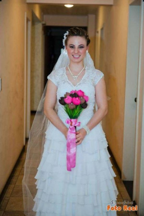 casamento-economico-12-mil-santa-catarina-decoracao-rosa-e-branca-faca-voce-mesmo (9)