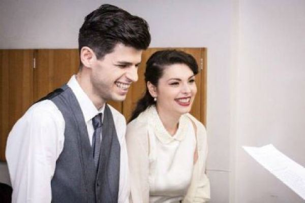 casamento-economico-civil-sao-paulo-retro-recepcao-lanchonete-anos-50-mini-wedding (19)