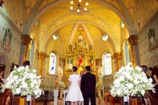 casamento-economico-retro-anos-50-curitiba-parana-vestido-de-noiva-curto-festa-salao-da-igreja (24)