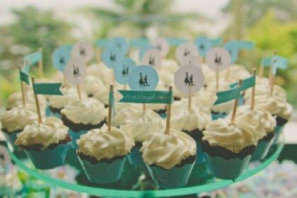casamento-100-pessoas-mini-wedding-litoral-sao-paulo-azul-e-rosa-praiano-faca-voce-mesmo (19)