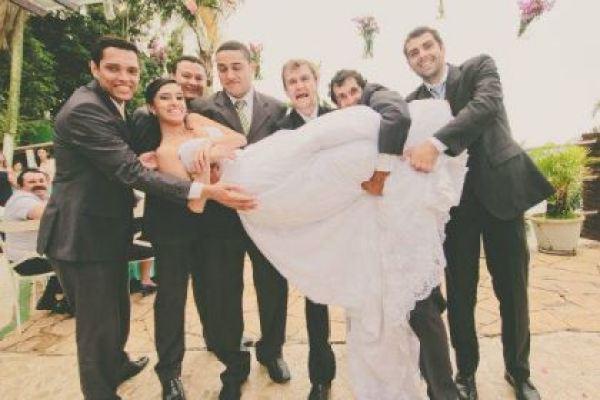 casamento-100-pessoas-mini-wedding-litoral-sao-paulo-azul-e-rosa-praiano-faca-voce-mesmo (33)