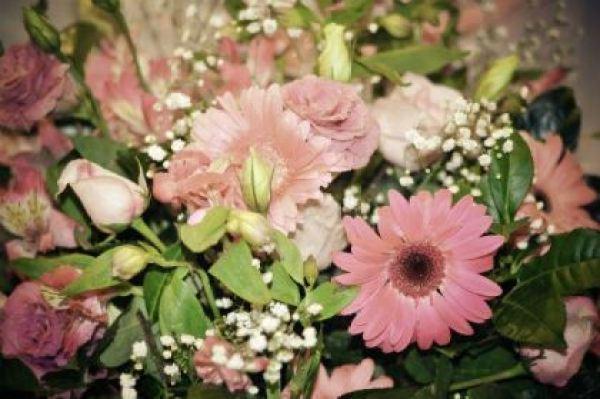 casamento-economico-sao-paulo-decoracao-faca-voce-mesmo-tons-de-rosa (2)