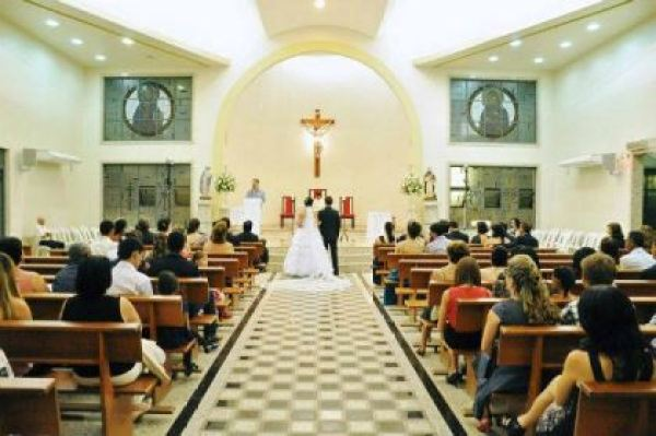 casamento-economico-espirito-santo-decoracao-rosa-e-branco-7500-reais (10)