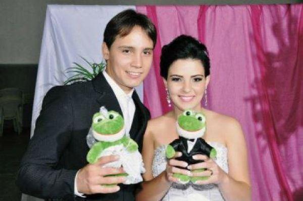 casamento-economico-espirito-santo-decoracao-rosa-e-branco-7500-reais (20)